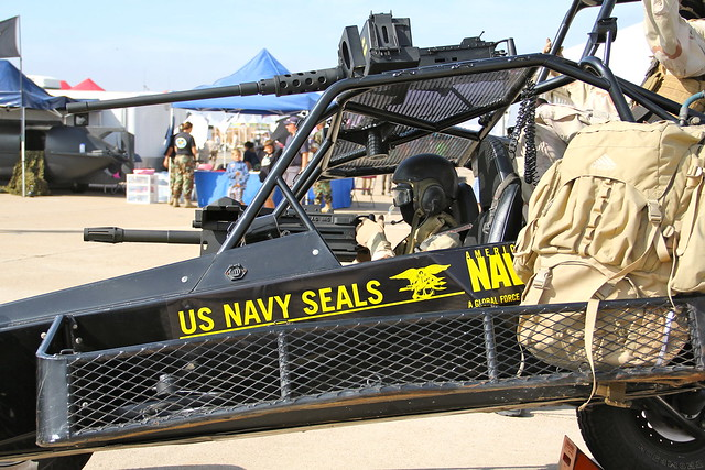 Miramar A S  - US Nave Seals -  DPV - Side detail