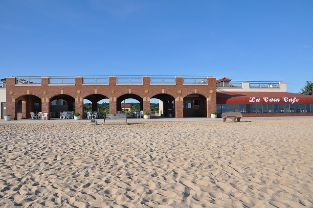 La Casa Cafe At Crab Meadow Beach