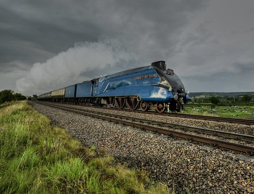 clouds railway gloucestershire steam
