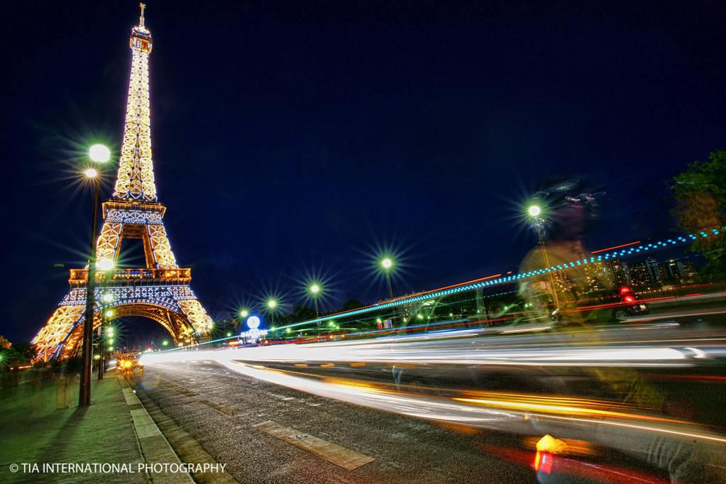 Eiffel Zoom!