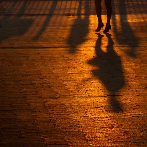 nyc newyorkcity sunset shadow ny newyork silhouette brooklyn shadows brooklynheights brooklynheightspromenade sunsets promenade nycity thepromenade 718