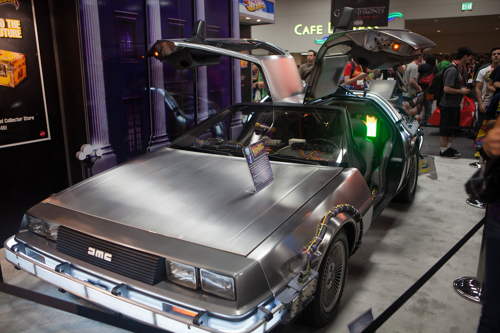 Back to the Future Part 1 - DeLorian Time machine
