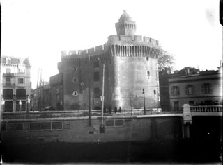 Le Castillet, Perpignan, décembre 1908