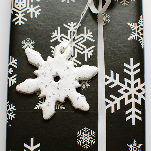 Iron Craft Challenge #31 - Snowflake Gift Ornaments