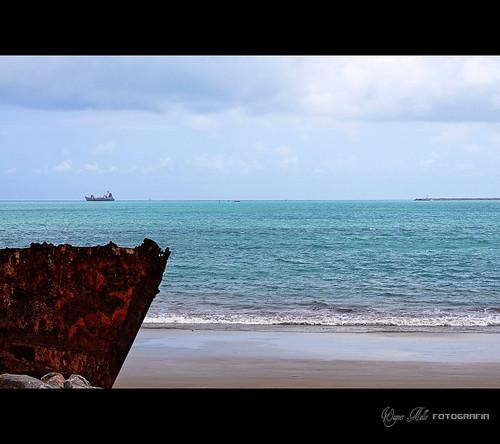 praia azul mar barco fortaleza beiramar cidadesnordestinas brasilemimagens