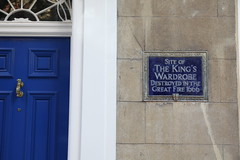 Photo of King's Wardrobe blue plaque