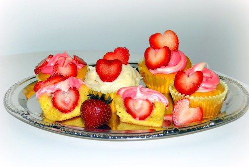 fresh Strawberry filled cupcakes