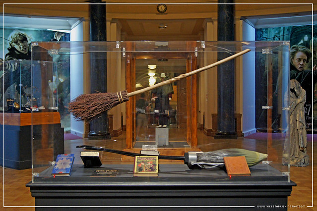 The Establishing Shot: HARRY POTTER EXHIBITION - LONDON FILM MUSEUM: HOGWARTS DISPLAY