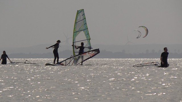 kite and windsurfing on the Bay of Puck