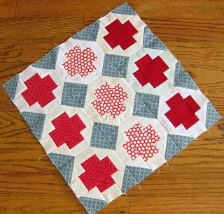 DQS11- Mini Red Cross Quilt Top
