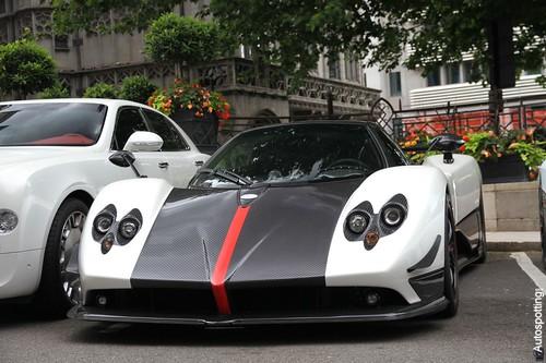 Pagani Zonda Cinque Roadster @ London 2011