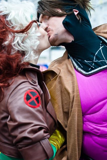 gambit and rogue kiss-#6