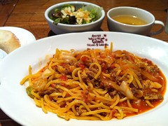 noodle, mie goreng, bakmi, fried noodles, lo mein, noodle soup, pancit, hokkien mee, char kway teow, food, dish, yakisoba, chinese noodles, southeast asian food, cuisine,
