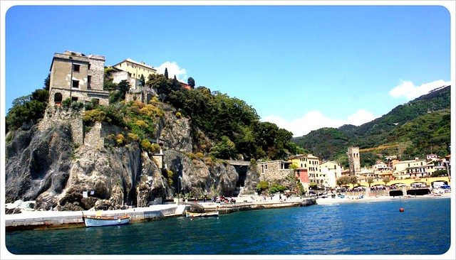 Monterosso houses on cliff