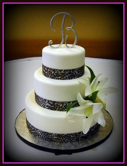 leopard wedding cakes