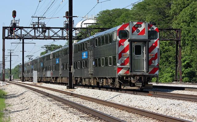 Metra Highliner