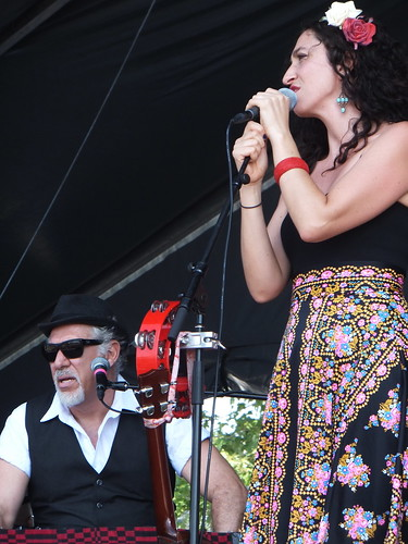 Mama Kin at Ottawa Bluesfest 2011