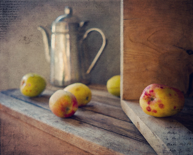 Organic apples - Creative Still Life Photography
