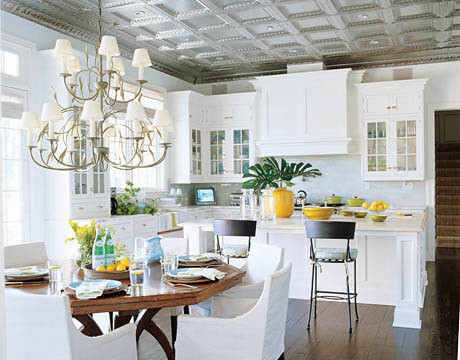 White Kitchen Cabinets Pale Aqua Walls Benjamin Moore