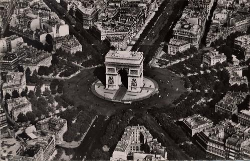 19540900 01 l'Arc de Triomphe