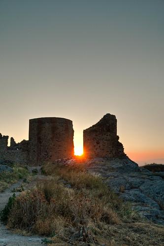 sun castle atardecer dusk towers castillo torres magacela