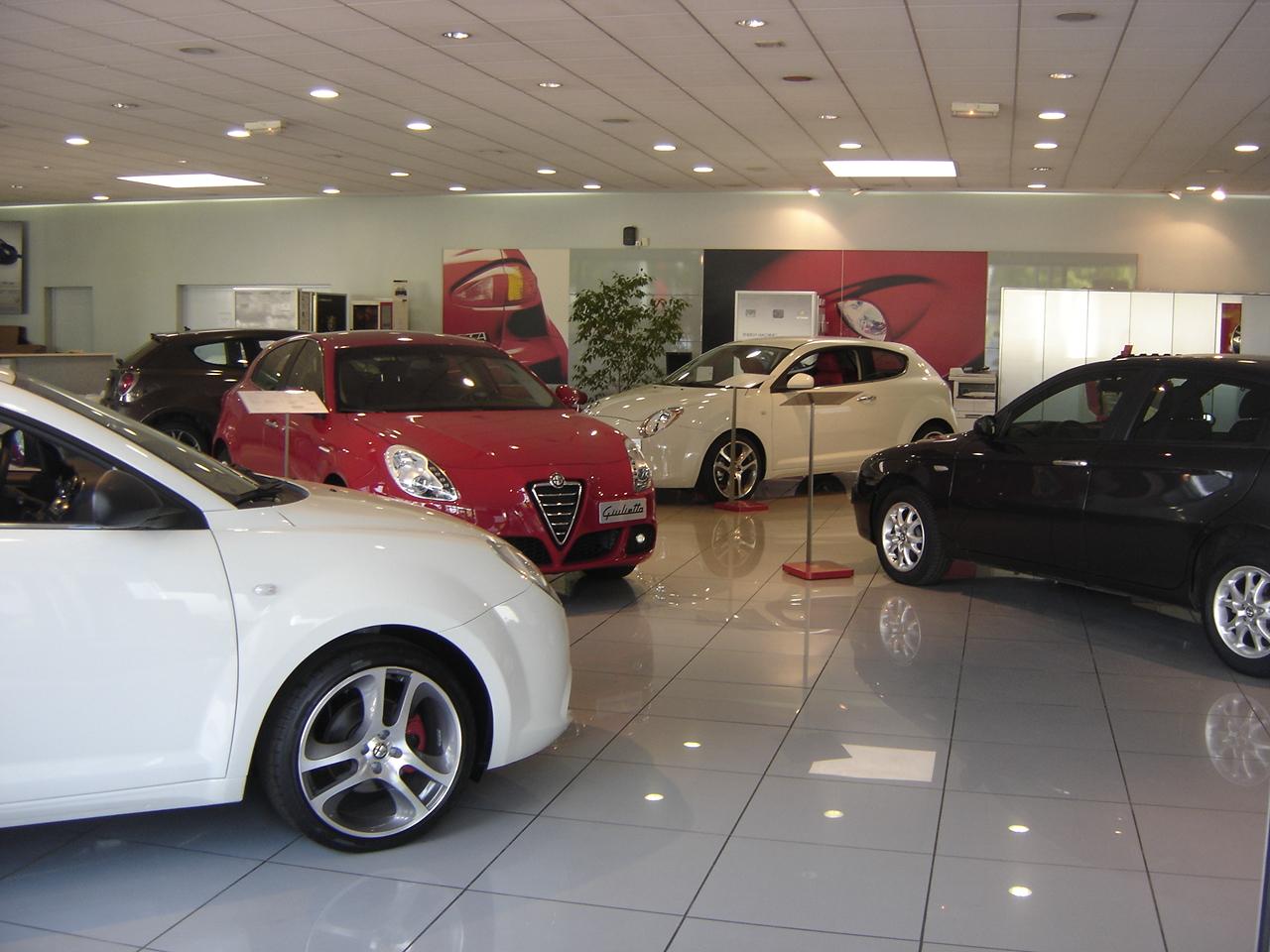 Villeneuve d 39 ascq alfa romeo dealership flickr photo for Garage alfa romeo villeneuve d ascq