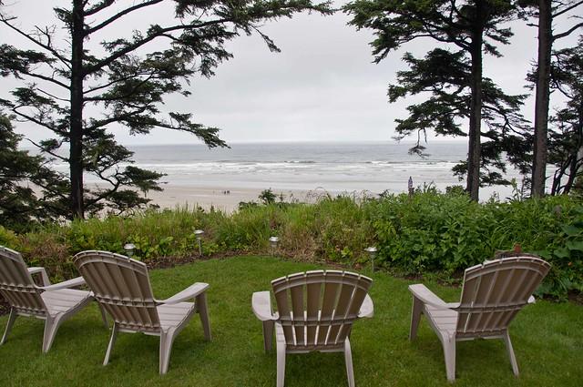 Newport, Oregon Tyee Lodge B&B garden