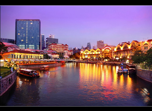 city bridge light sunset sky reflection building tourism water beautiful night canon wonderful river lens landscape boat photo yahoo google scenery photographer waterfront view walk wave tourist best getty bluehour kenny 七股 singaporeriver clarkquay zoompict singaporelowerpiercereservoir