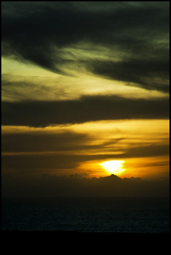 ocean sunset sea sky orange india beach nature water silhouette yellow clouds sunrise canon landscape golden minimal nd orangesky bandstand filters sal bandra virji arabiansea ndfilter yellowsky sunsetlandscape 400d canon400d indiasunset seascapeindia 9stopfilter salsmarine canon24mmto105mmlisusm 24mmto105mmlisusm salvirji indiaseascape bandraseafront