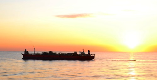 "sunset silhouette brasil ship offshore 日落 campos 船 polvo fpso 石油 ""巴西"""