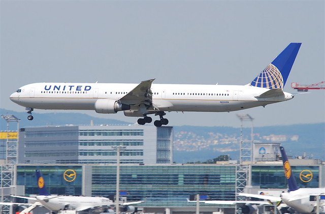 United Airlines Boeing 767-400; N69059@FRA;16.07.2011/609dy