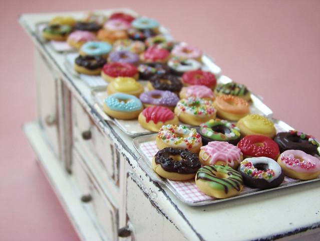 Miniature Food - Dumdidum Donuts!