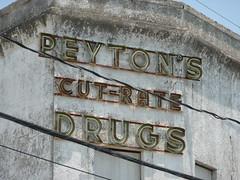 Shreveport, LA Peyton's Cut-Rate Drugs sign