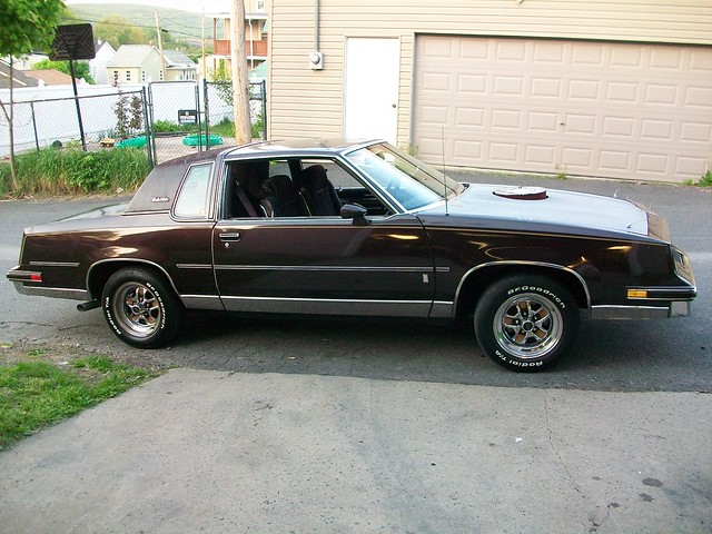 What tires do you have on your g body gbodyforum 39 78 for 78 cutlass salon