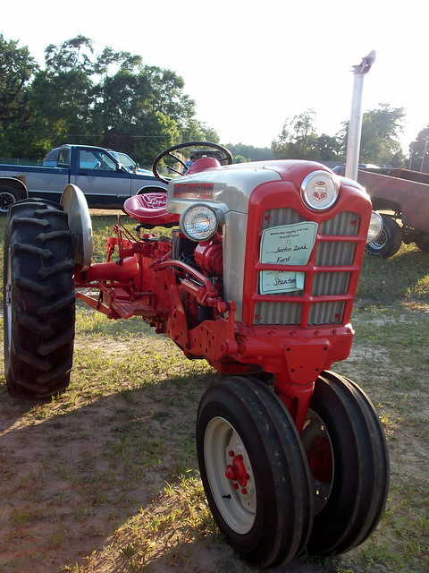 Ford 901 Powermaster Tractor : Ford select o speed tractor