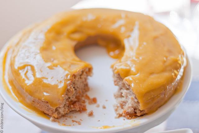 Mango Glaze Cake