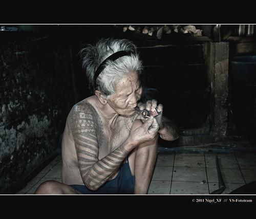 Une vieille femme Kalinga tatouée … Philippines # 8