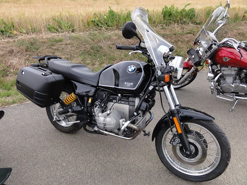 my 1995 R100R Classic airhead