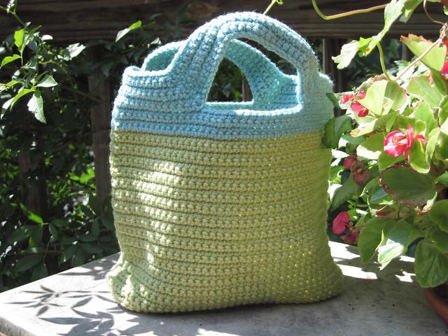 Crochet Lunch Bag : 5955528548_1c54cef635_z.jpg