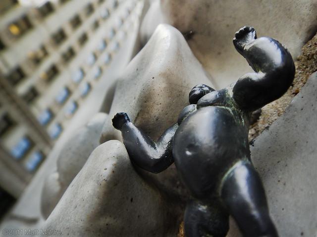 King Kong climbs Wrigley Building