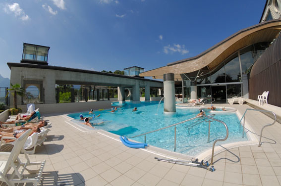 Thermes chevalley piscine ext rieure flickr photo sharing for Piscine aix les bain