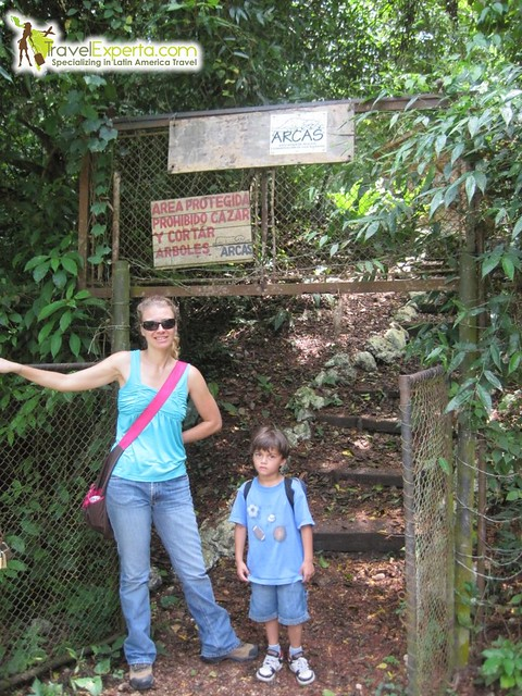 entrance-to-arcas-with-mama