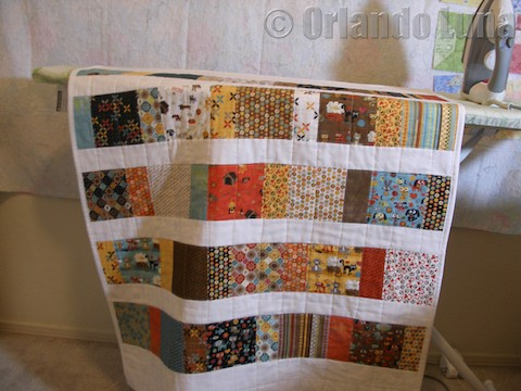 The Peony Teacup: Super Easy Charm Square Quilt