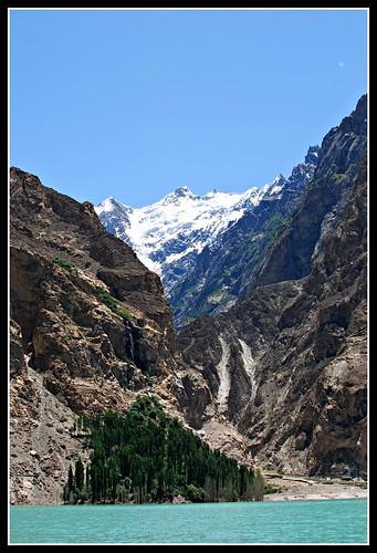 travel pakistan mountain lake landscape nikon asia karakoram hunza آباد d80 gojal عطا mrgniqq ہنزہ کوہ سلسلہ پاکِستان قراقرم attabad جھیل پہاڑ