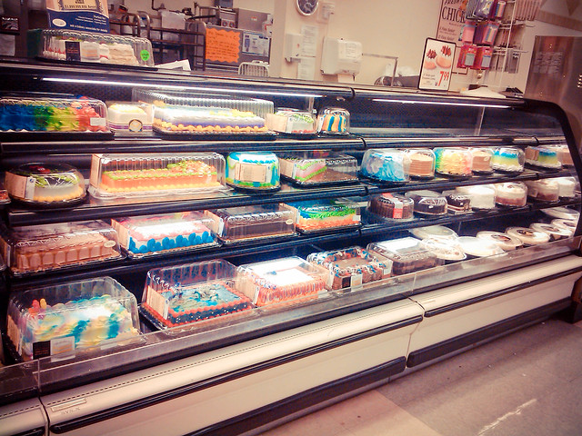 Kroger Cakes http://www.flickr.com/photos/dreasaurusrex/5963739527/