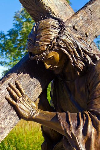 park sculpture usa art monument statue bronze garden utah ut christ cross jesus christian collection mormon lds jesuschrist crownofthorns lightoftheworld lehi newtestament 2011 thanksgivingpoint angelajohnson