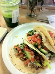 tostada, meal, lunch, taco, produce, food, dish, cuisine,