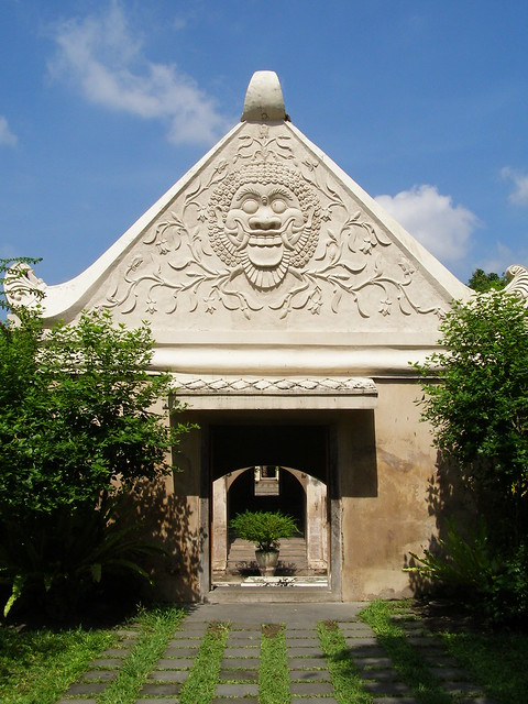蘇丹浴池的大門