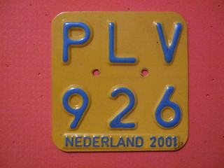 NETHERLANDS 2001 ---MOPED, SCOOTER PLATE #PLV926