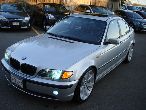 e46 2002 bmw 325xi all wheel drive fully loaded 9 500 obo. Black Bedroom Furniture Sets. Home Design Ideas